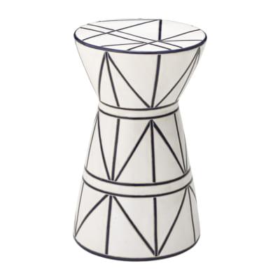 高級感とお洒落を両立する陶器製アーガイルスツール