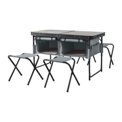 ギアをまるまる収納!アウトドアテーブル&スツールセット