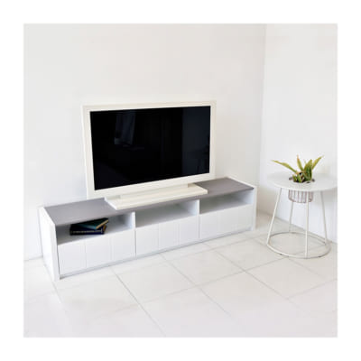 モノトーンデザインのテレビボード(幅175)/WH